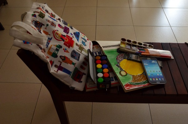 The Creative Artist's bag... and the Galaxy Mega fits in well!