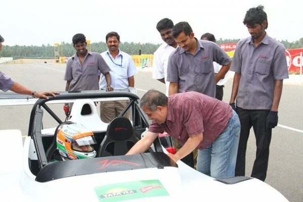 Driving with Narain Karthikeyan_thanking Narain...